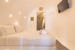 Room-L-outside-2