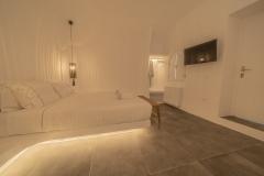 Room-R-inside