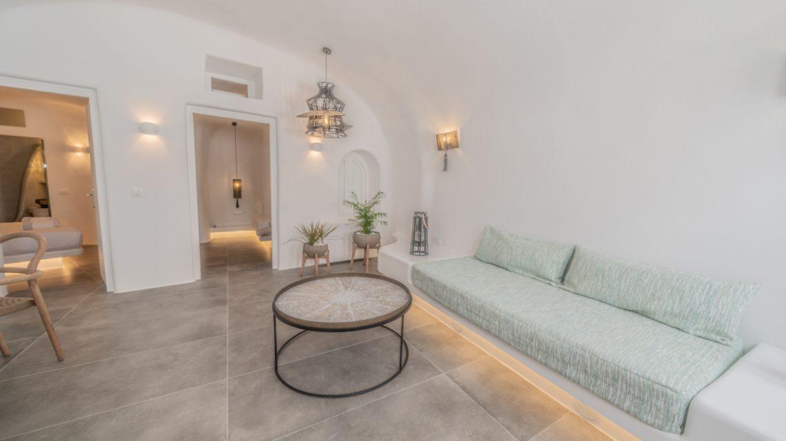 main area + sofa bed
